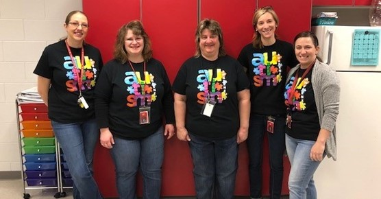 Elementary Staff Recognizing Autism Awareness